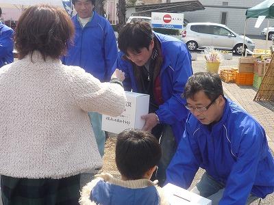 青年部による東日本大震災募金活動